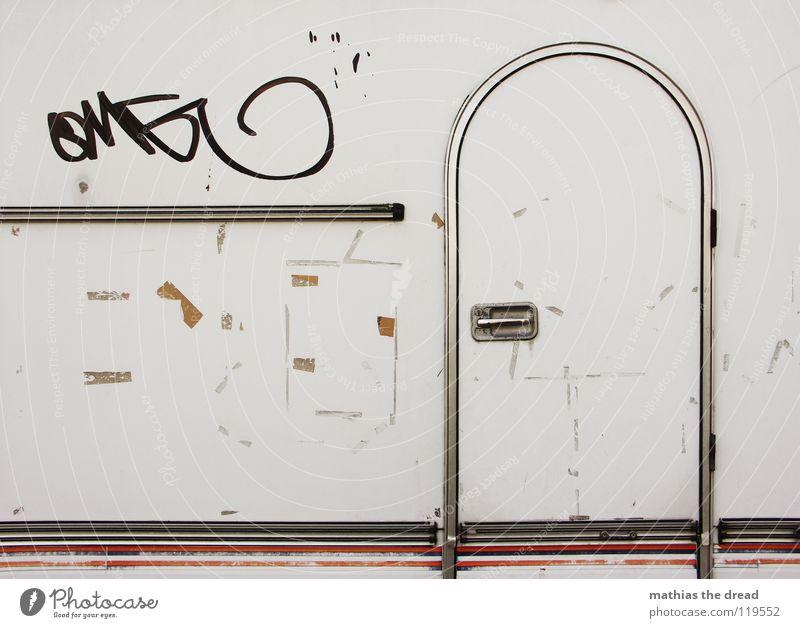 MY PALACE weiß Ferien & Urlaub & Reisen Farbe Erholung gelb Straße Leben Gefühle Graffiti PKW Kunst braun Tür Arbeit & Erwerbstätigkeit Raum Wohnung
