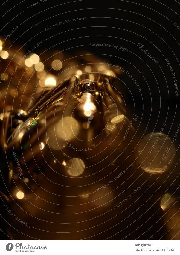 Saxophone Magic Freude dunkel Spielen Musik Metall glänzend gold außergewöhnlich Tiefenschärfe Musikinstrument Blasinstrumente Swing Jazz Blues Mechanik Klappe