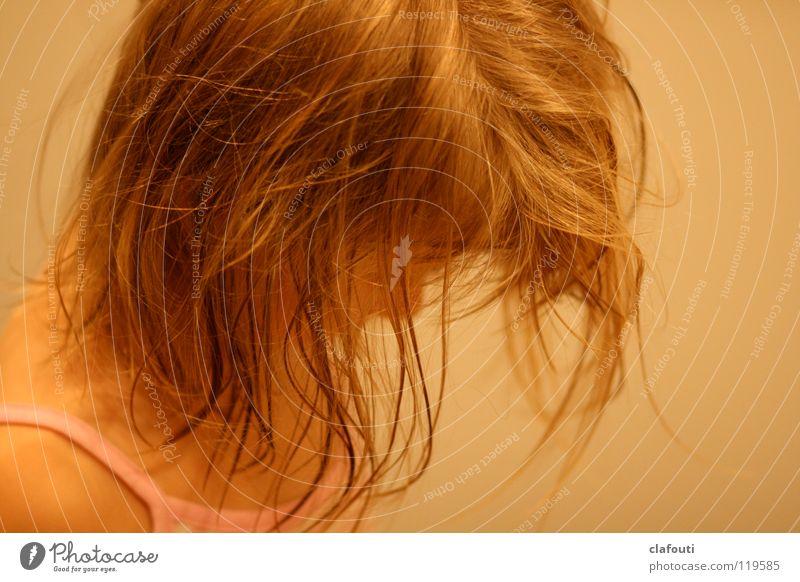 Wuschelkopf Haarsträhne Haare & Frisuren feuchte Haare