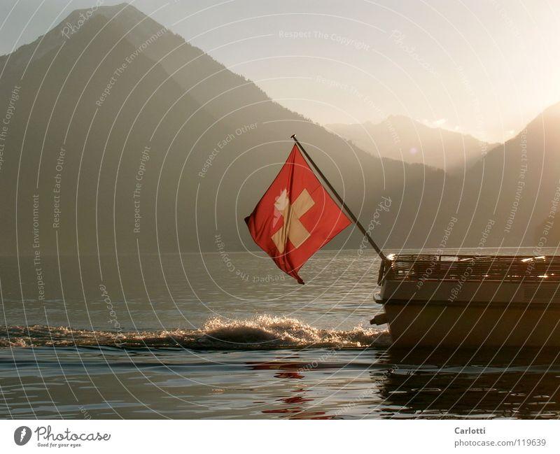 Switzerland Vierwaldstätter See Schweiz Fahne Wasserfahrzeug Berge u. Gebirge Sonne
