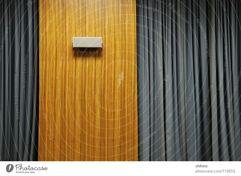 Hört, Hört dunkel Wand Holz Wellen Studium Bildung Falte Lautsprecher Vorhang Rede Anordnung Siebziger Jahre vertikal Präsentation altmodisch Hörsaal