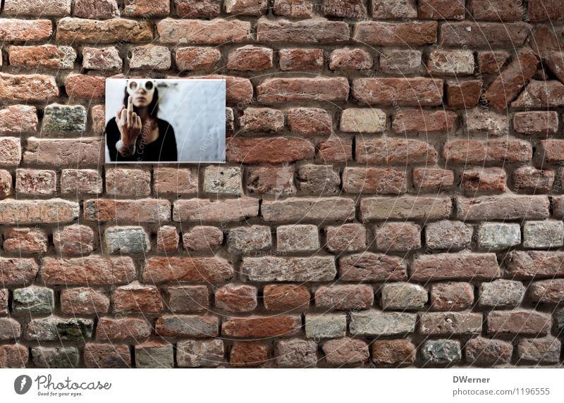 ..l.. Design Haus Hausbau Renovieren Innenarchitektur Junge Frau Jugendliche Künstler Gemälde Kirche Dom Burg oder Schloss Bauwerk Architektur Mauer Wand