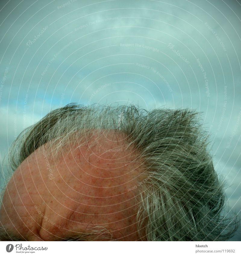 Thor Himmel Mann Wolken Senior Kopf grau Haare & Frisuren Denken Wind maskulin Macht Wut stark Friseur Gewitter