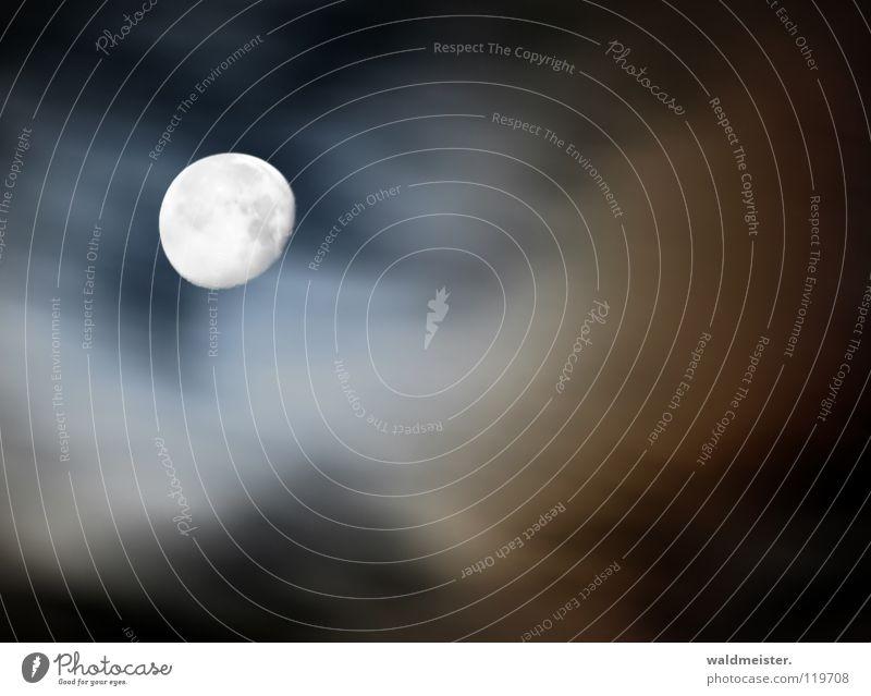 Mondlicht Himmel Wolken träumen Mond Planet Himmelskörper & Weltall Astronomie Werwolf Astrologie Mondsüchtig abnehmend Astrofotografie