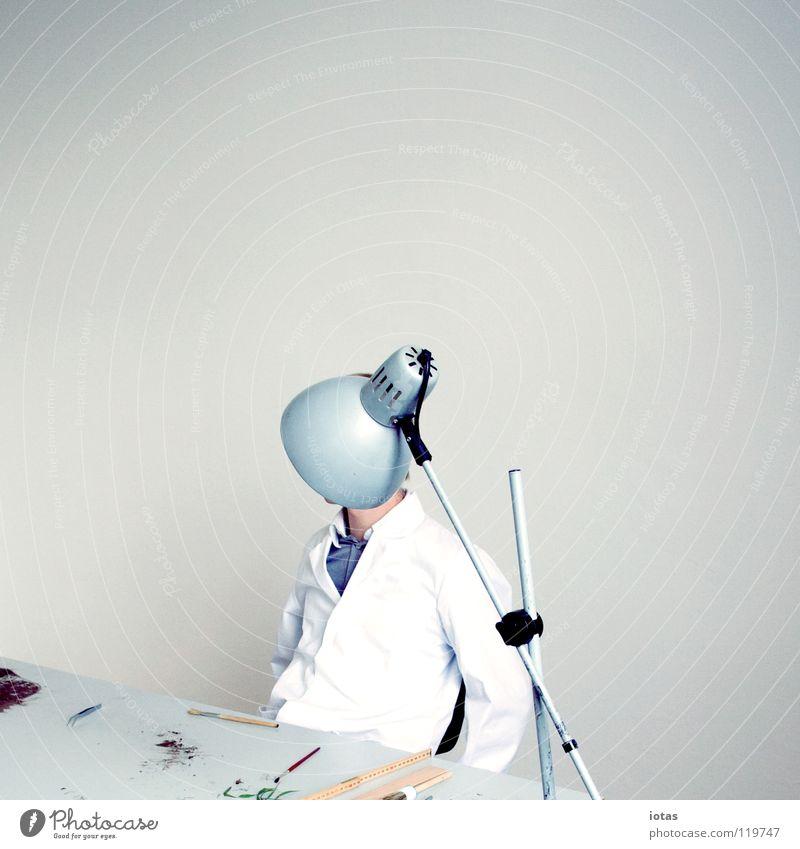 . Mensch Mann Lampe Raum Kunst maskulin Kultur Wissenschaften Labor Kittel
