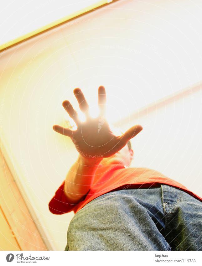 Dont't touch me, power is leaking! Mensch Mann Hand blau rot gelb Beleuchtung Kraft planen Finger Jeanshose T-Shirt Hose Aussehen Zauberei u. Magie