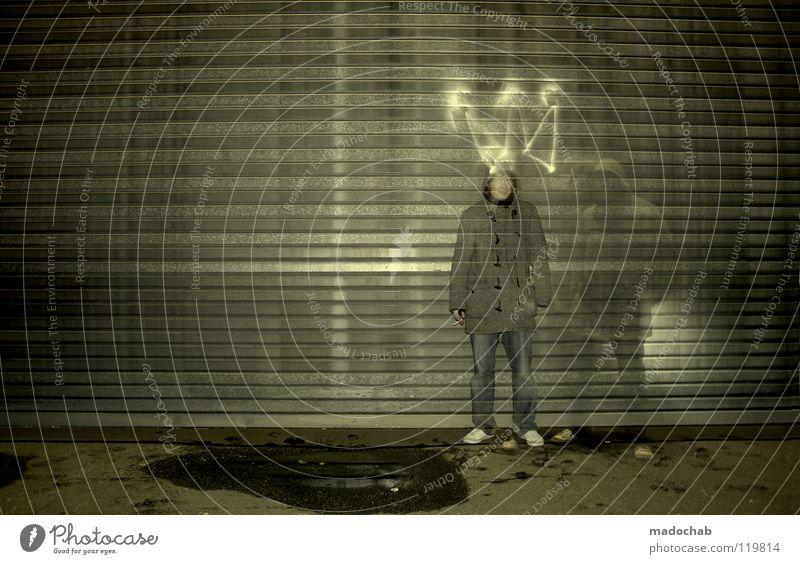 KING OF THE HILL Mensch Mann Jugendliche Einsamkeit dunkel Graffiti Wand Lampe Kunst Beleuchtung dreckig stehen leuchten Lifestyle Sauberkeit Kultur