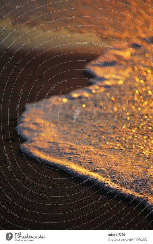 Schaumgold. Kunst Umwelt Natur Schönes Wetter ästhetisch Zufriedenheit Wasser Meerwasser Wellen Brandung Wellengang Wellenform Wellenlinie Wellenbruch Romantik
