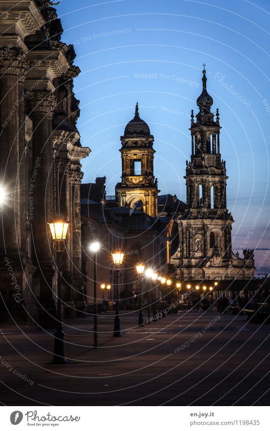 historisch Ferien & Urlaub & Reisen Tourismus Sightseeing Städtereise Nachthimmel Dresden Sachsen Deutschland Sehenswürdigkeit Wahrzeichen Brühlsche Terrasse