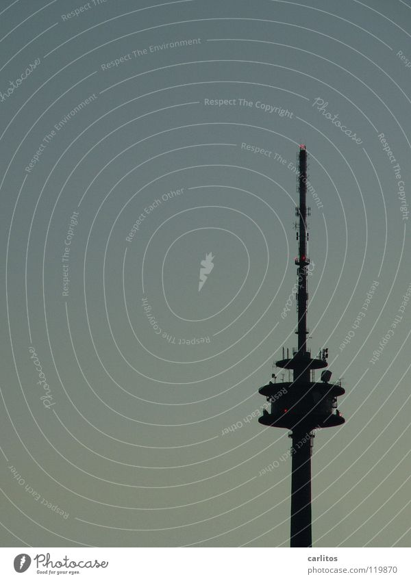 Provinz-Kopie Architektur groß modern Aussicht Fernsehen Telekommunikation Turm Medien Radio Fahrstuhl Antenne Begrüßung Fernsehturm senden Rundfunksendung