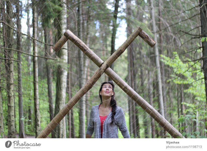 für dich Mensch Frau Natur Jugendliche schön Junge Frau Baum 18-30 Jahre Wald Erwachsene Umwelt Frühling natürlich feminin Glück Denken