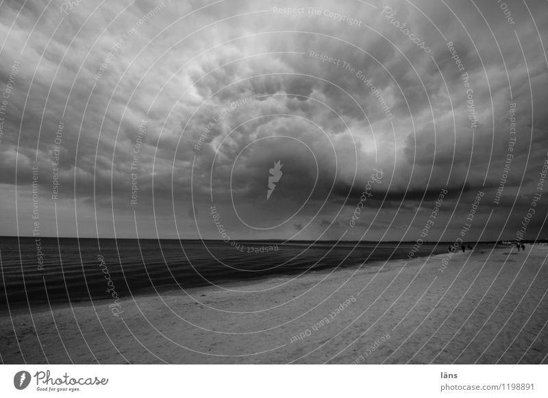 die Ruhe vor... Himmel Natur Ferien & Urlaub & Reisen Wasser Meer Landschaft Wolken Ferne Strand Umwelt Küste Wetter Luft Tourismus Insel Klima