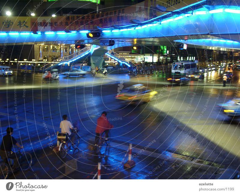 Kunming bei Nacht Licht China blau Mischung