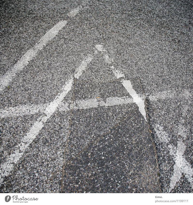 schwindelig | Deutungsvielfalt Verkehr Verkehrswege Wege & Pfade Verkehrszeichen Verkehrsschild Asphalt Teer Dekoration & Verzierung Zeichen Schriftzeichen