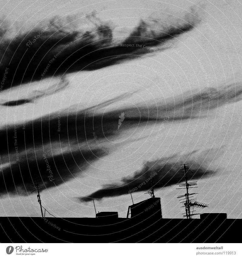 The End Of His World Himmel Haus schwarz Wolken dunkel Gefühle grau Angst Dach Schornstein Panik Antenne Desaster Apokalypse Endzeitstimmung