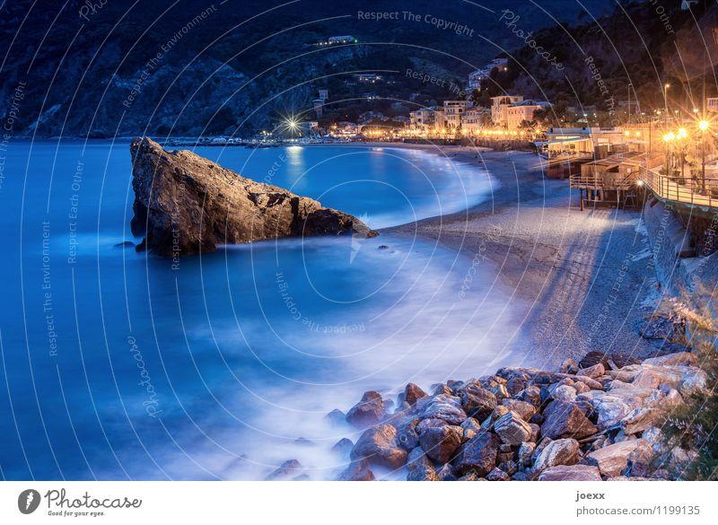 Flosse Ferien & Urlaub & Reisen blau schön Sommer Wasser Meer Haus Strand Berge u. Gebirge Küste Felsen orange Idylle Wellen groß Italien
