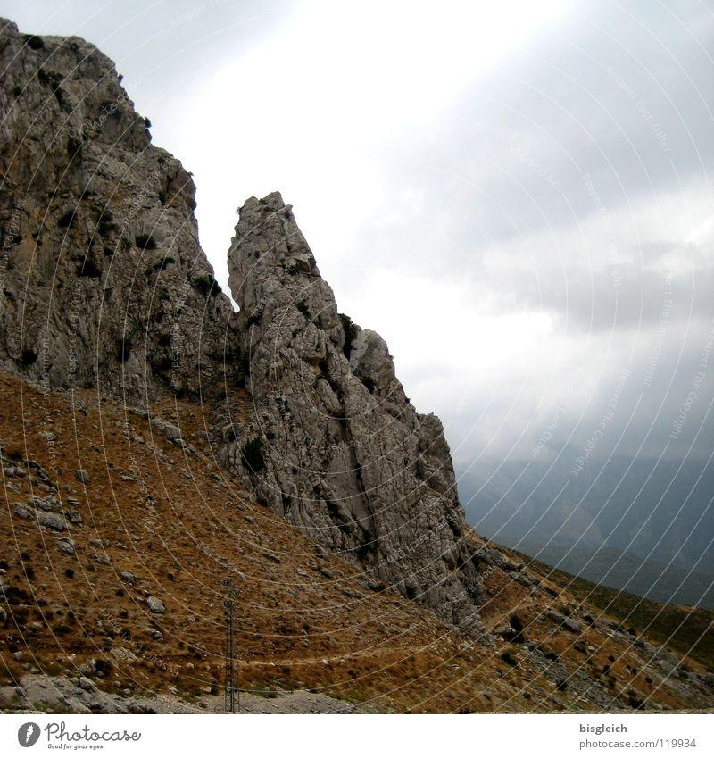 Alhama de Granada (Spanien) Farbfoto Menschenleer Berge u. Gebirge Himmel Wolken Gewitter Felsen Europa Einsamkeit erhaben karg Tag