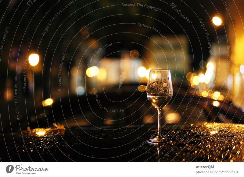 Ein Glas Wein Grappa. Kunst Abenteuer ästhetisch Zufriedenheit Alkohol Alkoholsucht Autofahren Portugal Weinglas Weißwein Romantik Grossstadtromantik Nachtleben