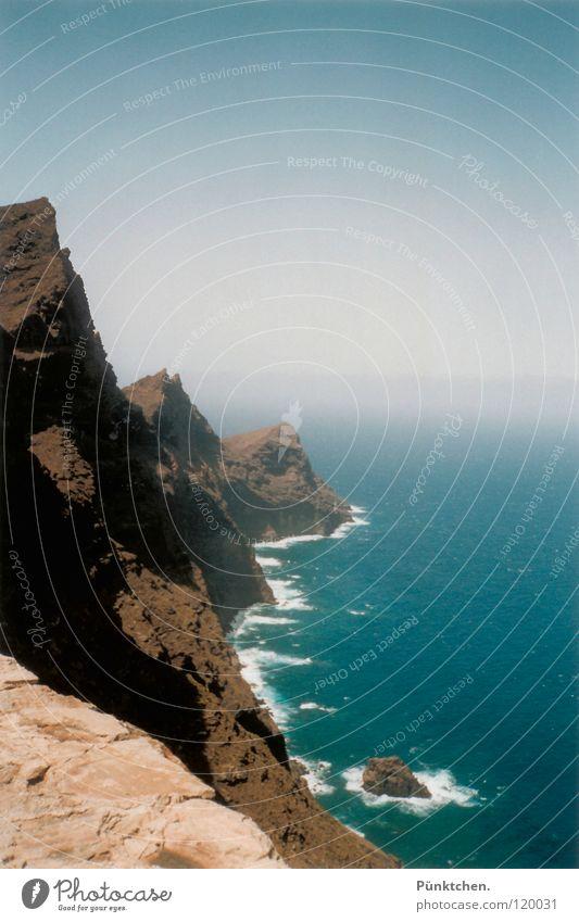 König der Gezeiten Wasser Himmel Meer blau Sommer Freude Berge u. Gebirge Freiheit grau Stein Luft Wellen groß Horizont Felsen Macht