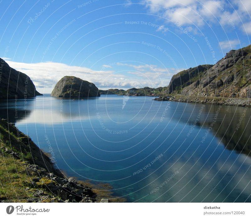 norwegian summer See Wolken ruhig Einsamkeit Reflexion & Spiegelung Norwegen Ferien & Urlaub & Reisen Ferne Fjord Berge u. Gebirge Wasser Himmel blau Natur