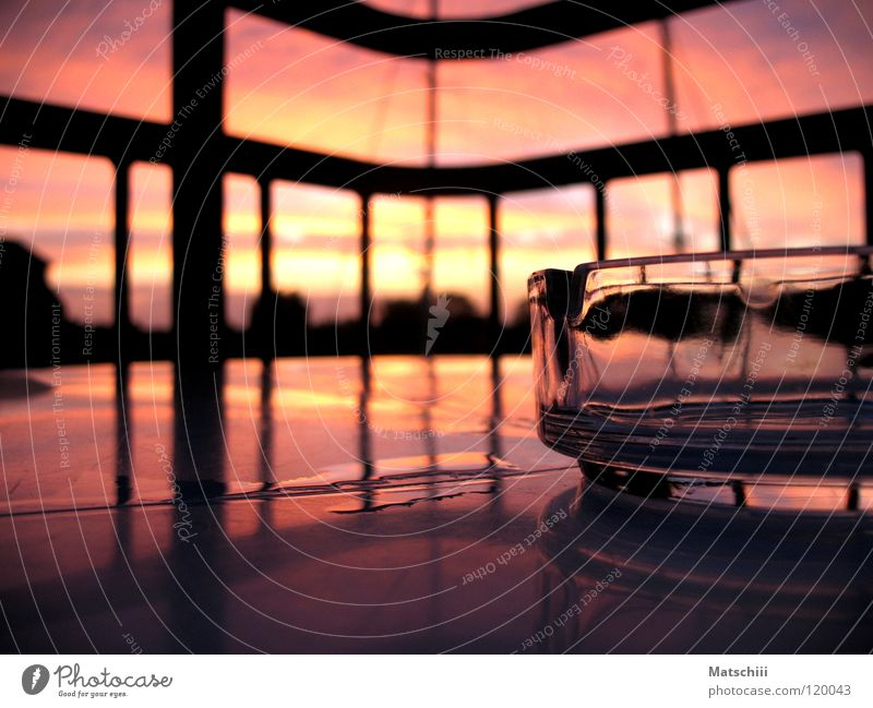Raucherpause Sonne Ferien & Urlaub & Reisen Farbe Balkon Ostsee Himmelskörper & Weltall Makroaufnahme Aschenbecher