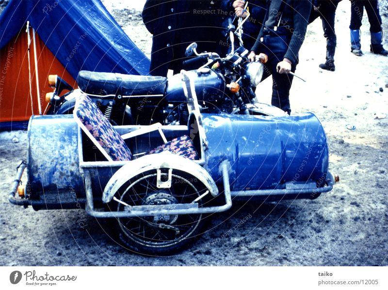 motorrad mit beiwagen blau ein lizenzfreies stock foto. Black Bedroom Furniture Sets. Home Design Ideas