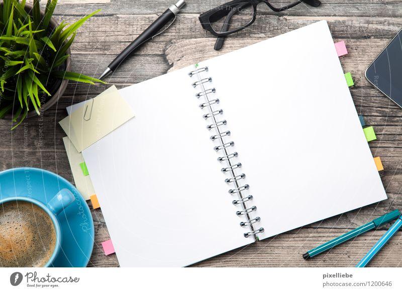 Büro-Alltag II Holz Schule Lifestyle Arbeit & Erwerbstätigkeit Business Tisch Kreativität lernen Studium Papier Brille Kaffee Bildung Handy Sitzung