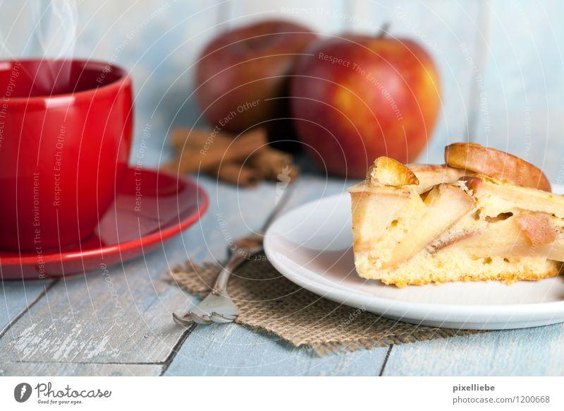 Apfelkuchen mit Kaffee Lebensmittel Frucht Teigwaren Backwaren Kuchen Dessert Süßwaren Kräuter & Gewürze Ernährung Kaffeetrinken Getränk Heißgetränk Kakao