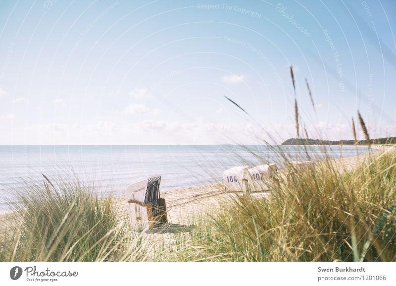 Genieße den Tag im Strandkorb Natur Ferien & Urlaub & Reisen Pflanze Sommer Wasser Sonne Erholung Meer Landschaft ruhig Ferne Umwelt Gesundheit Sand Horizont