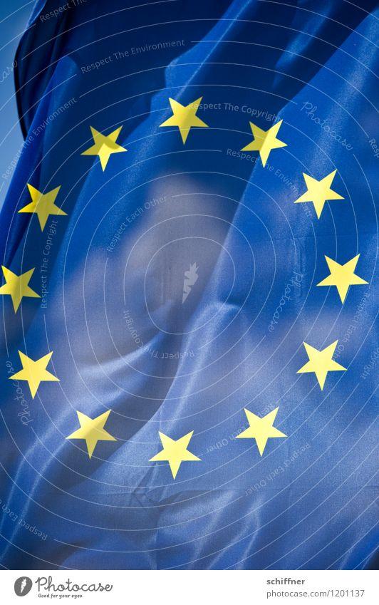 Griechische Nachtmahr II Fahne blau gelb Europa Eurozeichen Europameisterschaft Europäisches Parlament Europa Parlament Europäische Zentralbank Finanzkrise