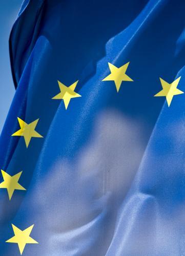 Griechische Nachtmahr Zeichen Eurozeichen Fahne blau gelb Gastronomie ökonomisch Gesellschaft (Soziologie) Menschengruppe Europa Europafahne