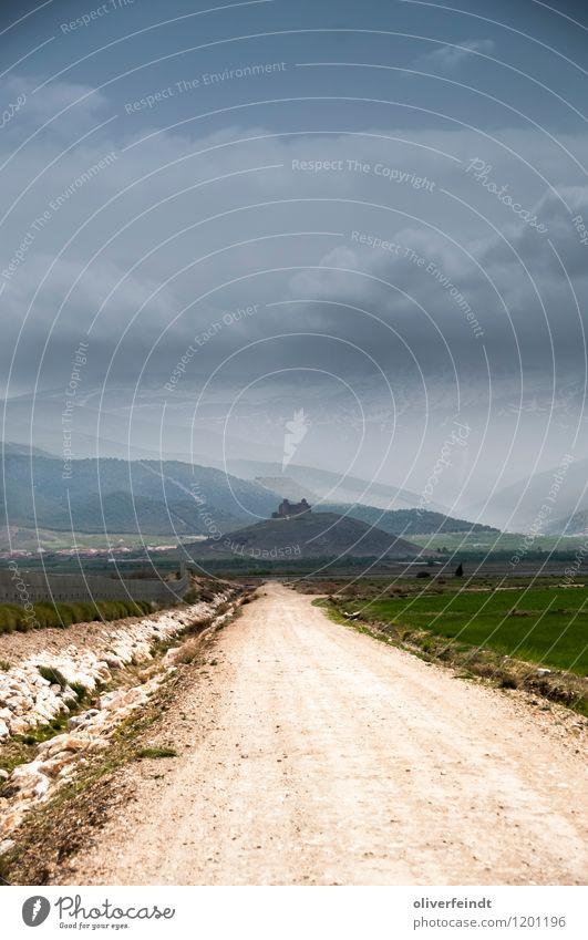 Spanien XII Himmel Natur Ferien & Urlaub & Reisen blau grün Landschaft Wolken Ferne dunkel Umwelt Berge u. Gebirge Schnee Wege & Pfade Freiheit braun Felsen