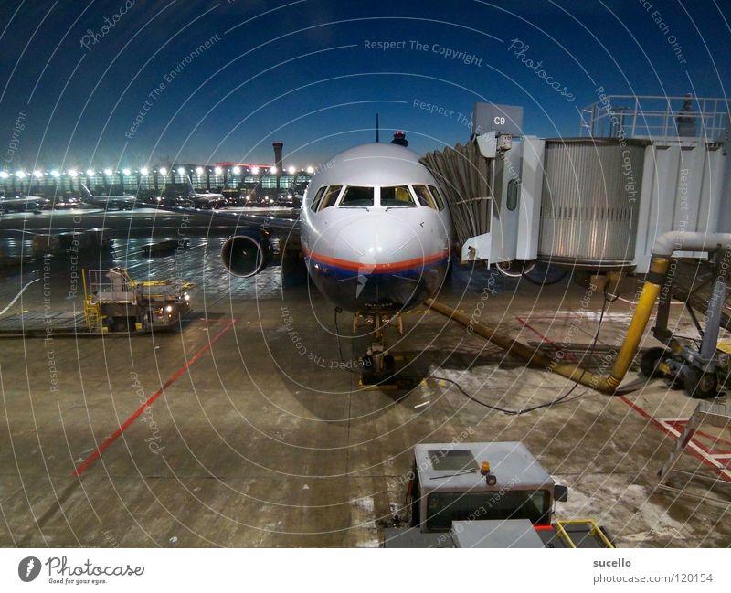 Waiting… Flugzeug Winter Luftverkehr frontal Stillleben Flughafen Elektrisches Gerät Technik & Technologie Morgen