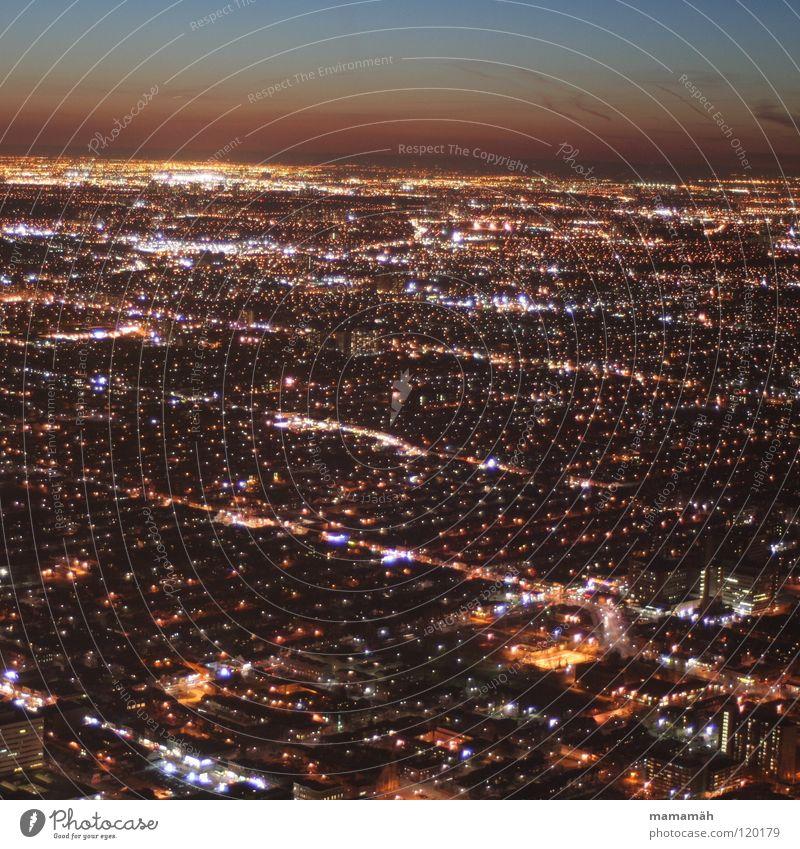 Toronto bei Nacht! Teil 5 Kanada Stadt dunkel Licht Straßenbeleuchtung Haus Hochhaus Sonnenuntergang Horizont Scheinwerfer CN Tower Fernsehturm