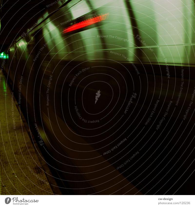R O U T E  · T O  · B A B Y L O N ! ? ! schwarz dunkel Verlauf Sightseeing Kunst interessant Wahrzeichen Symbole & Metaphern krumm U-Bahn Verkehrsmittel