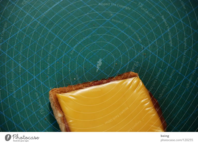 Clemens Wilmenrod Gedächtnisstulle Pause Teile u. Stücke Verfall Brot Sitzung Karton Bildschirm Rahmen Mittagessen Qualität geschnitten Käse Präsentation Raster