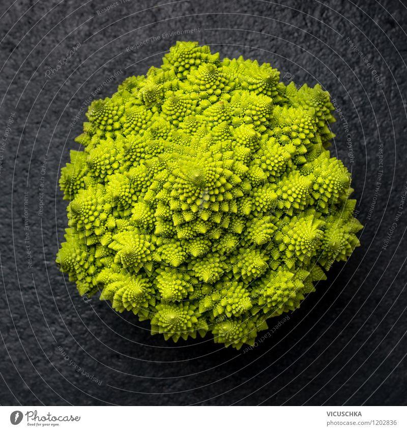 Romanesco Natur Gesunde Ernährung dunkel Leben Stil Essen Garten Lebensmittel Lifestyle Design Tisch Gemüse Bioprodukte Diät Vitamin