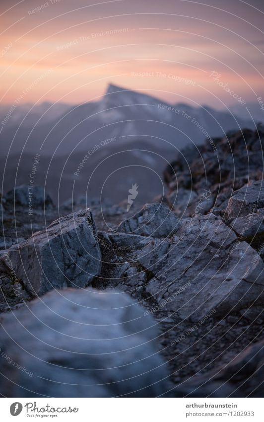 Sonnenaufgang am Berg Himmel Natur Ferien & Urlaub & Reisen Sommer Landschaft ruhig Berge u. Gebirge Umwelt Frühling Bewegung Gesundheit Glück Freiheit Felsen