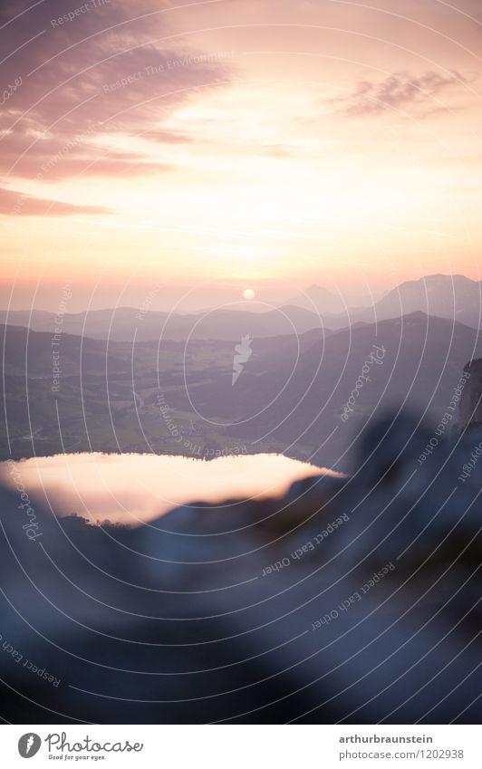 Sonnenaufgang am Berg Himmel Natur Ferien & Urlaub & Reisen schön Sommer Wasser Landschaft ruhig Wolken Umwelt Berge u. Gebirge Frühling Gesundheit See