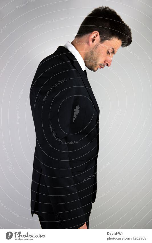 Businessman Kopf gesenkt Mensch Jugendliche Mann Erotik Junger Mann ruhig Erwachsene Leben Traurigkeit Lifestyle Denken Business Arbeit & Erwerbstätigkeit maskulin elegant Erfolg