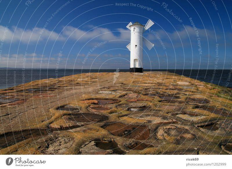 Mole Ferien & Urlaub & Reisen Umwelt Natur Landschaft Wasser Himmel Wolken Schönes Wetter Küste Ostsee Meer Leuchtturm Sehenswürdigkeit Wahrzeichen Stein blau