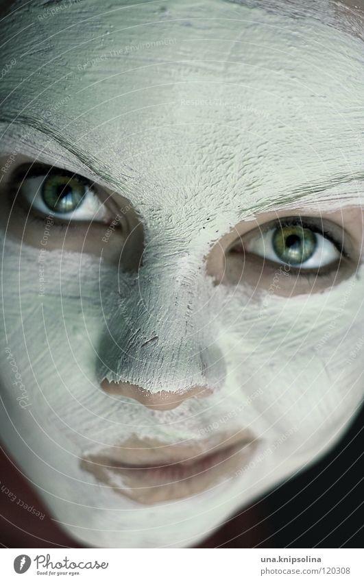 maskiert Frau Jugendliche weiß schön Erwachsene Auge Junge Frau Mund Nase 18-30 Jahre Maske Kosmetik Schminke Gesichtsausdruck Körperpflege