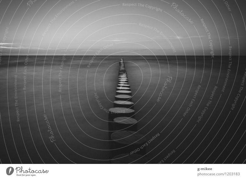 Stille Natur Ferien & Urlaub & Reisen Wasser weiß Meer Landschaft ruhig Strand schwarz Küste frei groß Unendlichkeit Ostsee Frieden Nordsee