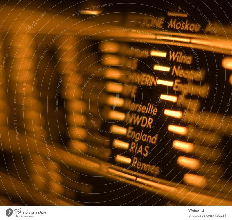 Europareise alt Wellen Suche Information Wohnzimmer Radiogerät Nostalgie Begrüßung finden international Skala Messinstrument