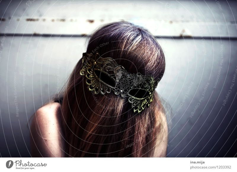 anonym Mensch Jugendliche Junge Frau Einsamkeit 18-30 Jahre Erwachsene Gefühle feminin Stil Feste & Feiern außergewöhnlich Stimmung ästhetisch Kreativität
