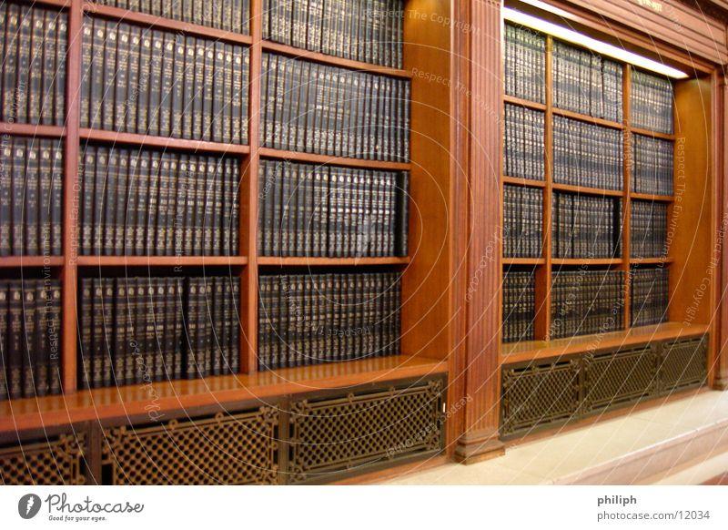 BookCase Buch Schrank Regal antik alt Bibliothek lesen Dinge Medien library book case reading new york public library