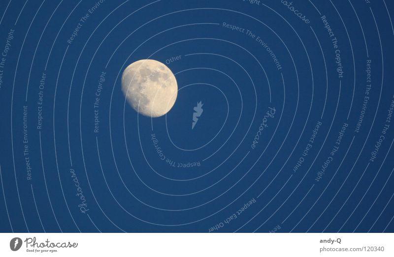 Luna Himmel blau dunkel hell Beleuchtung Stern Romantik Weltall Mond Abenddämmerung Märchen Planet Wolf Himmelskörper & Weltall Vollmond Mondschein