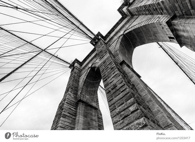 Brooklyn Bridge Ferien & Urlaub & Reisen Stadt Architektur Stein Tourismus Ausflug Brücke Seil USA Wahrzeichen Sehenswürdigkeit Amerika Sightseeing Städtereise