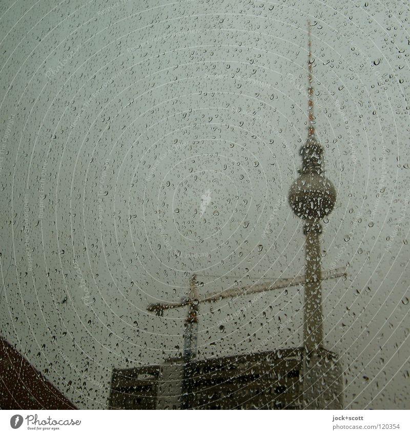 Perl Edition Wasser Fenster Architektur Gebäude Regen Wetter Glas hoch Wassertropfen Spitze Baustelle rund Turm Bauwerk Wahrzeichen Flüssigkeit