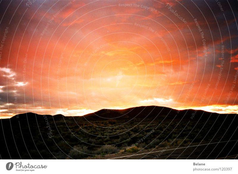 Sonnengemetzel rot Regen Wetter Wüste Unwetter Himmelskörper & Weltall